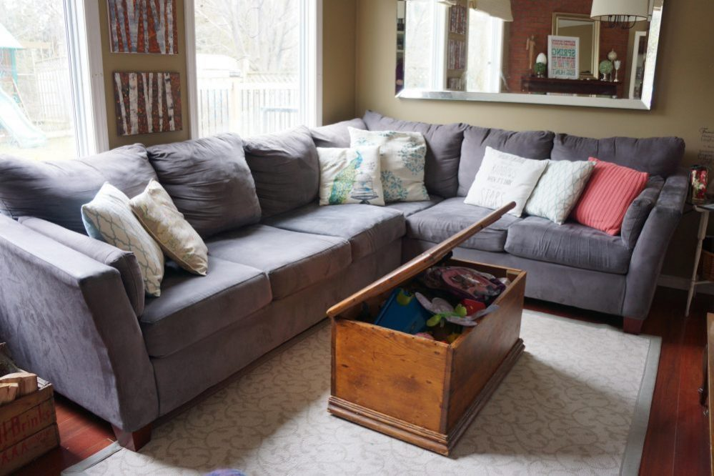 Sofa Removal How To Repair The Floor And Wall Jiffy Junk