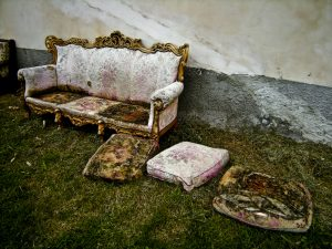 how to dispose of an old sofa